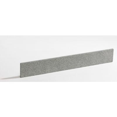 Plint in graniet 'New Jasberg' 60 x 8 x 1 cm